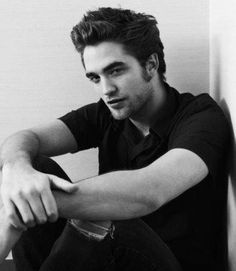 Loveeee him. Robert Patterson #twilight