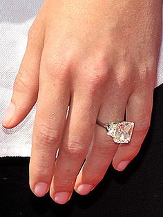 the bling ring 10 most expensive engagement rings hollyscoop famous jewels pinterest expensive engagement rings bling and engagement - Hilary Duff Wedding Ring