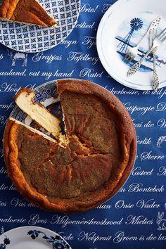 Gebakte melktertkaaskoek Milktart Recipe, Melktert, South African Recipes, Something Sweet, Cake Recipes, Cooking Recipes, Yummy Food, Favorite Recipes, Snacks