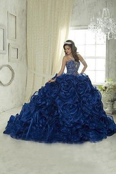 d3a3eef85b 2018 Vintage Royal Blue Quinceanera Ball Gown Dresses Embroidery ...