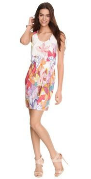 Such a sweet dress! Perfect for all of your summertime socials. www.Ali-Ro.com