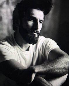 Latest photos of Ranveer Singh Deepika Ranveer, Shraddha Kapoor, Deepika Padukone, Bollywood Photos, Bollywood Stars, Bollywood Celebrities, Ranveer Singh Beard, I Love Beards, Indian Star