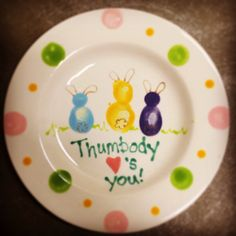 These sweet bunnies are thumbprints. Great keepsake... #easter #allthumbs