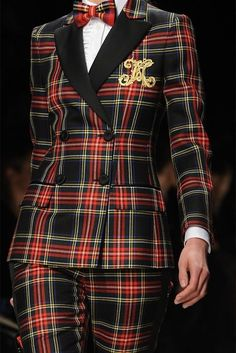 Plaid suit Tartan Kilt, Tartan Dress, Preppy Style, My Style, Rock Style, Tweed, Tartan Christmas, Tartan Fashion, Plaid Suit