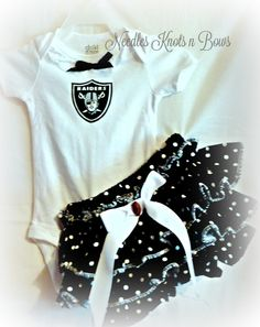 Girls Oakland Raiders Cheerleader Outfit, Football Team Outfits