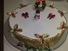 Vasilopita Cake, New Year's Cake, Christmas Time, Christmas Ideas, New Years Eve, Decorative Plates, Food And Drink, Birthday Cake, Sweets