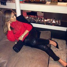 #ShareIG After dinner dip  #balmain pants #louboutin shoes #balmain coat #christopherkane sweater #chanel bag ❤️❤️❤️