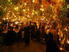 Cena de boda a la luz de las velas Montana, Photo And Video, Flowers, Instagram, Wedding Decoration, Candles, Atelier, Flathead Lake Montana, Royal Icing Flowers