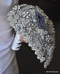 Tear Drop Brooch Bouquet by Blue Petyl