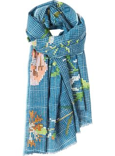 Very pretty scarf with hand embroidered flower motifs, in a light cotton. Softly frayed ends.
