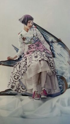 """The Look: """"Once Upon a Time"""": So-Hee Song in High Fashion and Traditional Korean Costume (Hanbok) by Hyea-Won Kang for Vogue Korea June 2014 Foto Fashion, Korea Fashion, Asian Fashion, Fashion Art, Editorial Fashion, High Fashion, Korean Traditional Dress, Traditional Fashion, Traditional Dresses"""