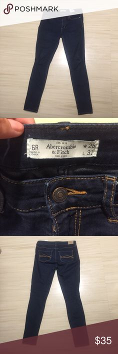 Abercrombie jeans Rinse wash Abercrombie super skinny jeans in good condition! No trades but feel free to make an offer! Abercrombie & Fitch Pants Skinny