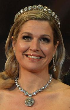 Our beautiful queen Máxima of The Netherlands, wearing royal jewels