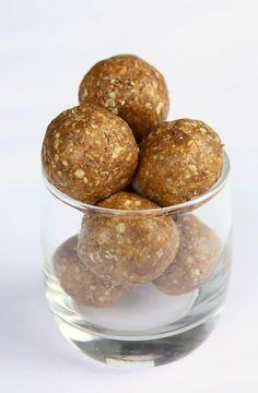 Cinnamon Peanut Butter Maca Power Balls | http://thekitchenpaper.com/cinnamon-peanut-butter-maca-power-balls/