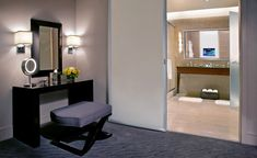 Hotel Suites in Chicago | Trump Chicago - Deluxe Suites | Chicago Hotel Suites
