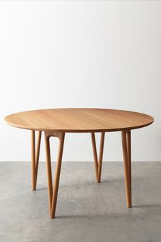Round Dining Table, Table Desk, Kitchen Dining, Dining Room, Contract Furniture, Lounges, White Oak, Desks, End Tables