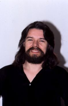 Musician Bob Seger poses for a portrait in May 1980 in Detroit Michigan Detroit History, Memphis May Fire, Austin Carlile, Rock Music, Music Music, Music Stuff, Chris Tomlin, Mikey Way, Bob Seger