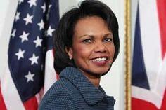 Condoleezza foi secretária de confiança do governo Bush no s EUA. Foi eleita pela revista Forbes a mulher mais poderosa do mundo, sendo porta-voz, muitas vezes, do governo americano. Hoje em dia Rice aposentou-se mas continua ligada à Casa Branca.