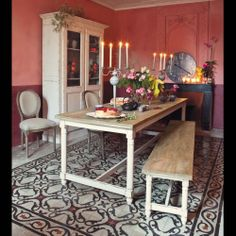 Bohemian Dining / Decor / Room -Eetkamertafel  SAINT-RÉMY