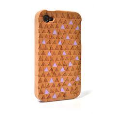 Hardwood iPhone 4 & 4S cover - Warped Triangle Purple