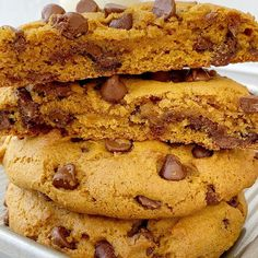 Pumpkin Chocolate Chip Cookies just like you find at a bakery! Big cookies that are soft-baked, loaded with milk chocolate chips, and all the warm pumpkin spices. Turkey Recipes, Soup Recipes, Cookie Recipes, Dessert Recipes, Desserts, Family Recipes, Baked Pumpkin, Pumpkin Pumpkin, Pumpkin Dessert