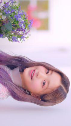 아이즈원(IZ*ONE) COMEBACK SHOW <HEART TO 'HEART*IZ'>   4/1(월) 오후 7시 Mnet & M2 YouTube / Facebook 동시방송  #IZONE #아이즈원  #HEART_TO_HEARTIZ #HEARTIZ Kpop Girl Groups, Korean Girl Groups, Kpop Girls, Young The Giant, Japanese Girl Group, Girl Inspiration, Pretty Baby, Cute Korean, Korean Beauty