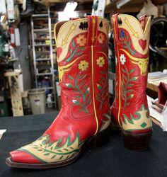 Vintage Ladies Cowboy Boots