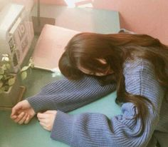 ˚✧ Ulzzang ✧˚. Mode Ulzzang, Ulzzang Korean Girl, Cute Korean Girl, Ulzzang Couple, Asian Girl, Korean Aesthetic, Aesthetic Girl, Shotting Photo, Girl Sleeping