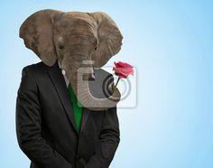 een olifantenkop op mensenlichaam