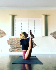Fun Yoga Flow - Health and Fitness - Fitness Workouts, Yoga Fitness, Pilates Workout, Barre Workouts, Fitness Classes, Yoga Flow, Yoga Bewegungen, Yoga Dance, Yoga Motivation