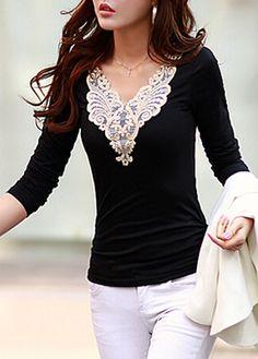 Negro de manga larga de costura del cordón Camiseta