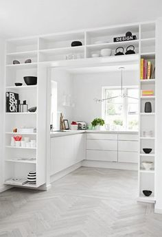 Love how these shelves merge so perfectly in this minimalist room The Best of interior decor in 2017.