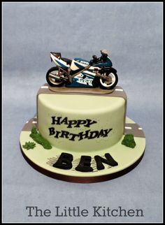 Edible Motorbike cake :) http://www.thelittlekitchen.me.uk/Childrens-Cakes(2899393).htm