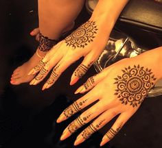 Beyoncé has shown the world her henna on Instagram this week, joining other celebrities, from Gigi Hadid to Rihanna, who embrace the traditional decorative art.
