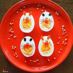 Egg animals by Anna (@nariselu_)