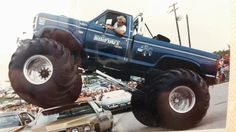 !!!!!! Jacked Up Trucks, Ford Trucks, Old Tractors, Hobbies And Interests, Old Fords, Monster Trucks, Monster Jam, Bigfoot, Vintage Photos