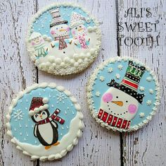 I think that it's the best time for some sweet cookies. I've collected the tastiest winter cookie Sweet Cookies, Iced Cookies, Royal Icing Cookies, Cupcake Cookies, Fancy Cookies, Snowman Cookies, Christmas Sugar Cookies, Holiday Cookies, Christmas Biscuits