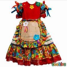 Reunimos aqui algumas ideias para festa junina....           Bolo em tecido....         Fonte: @pepelintte       Bolo Em fondant     Por @i... Cute Girl Outfits, Kids Outfits Girls, Cute Outfits For Kids, Cute Girls, Girls Dresses, Doll Clothes Patterns, Clothing Patterns, Kids Fashion, Womens Fashion