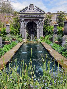 Water Feature - Arundel Castle gardens by surreyblonde, via Flickr