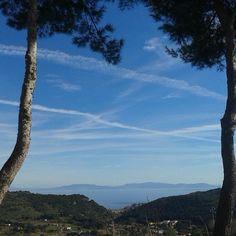 Da #RioElba veduta sul Canale..#rionellelba #gennaio #winter #elba #isoladelba #elbadascoprire #sky #sea #tuscany #landscape #instatuscany #instaitalia #igerstoscana #igerselba #igerslivorno #ElbaEst #elba365ways #elba365days #elbaisland #inselelba #island