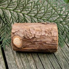 hollowed log jewelry box...totally need Michael to make one of these! link to etsy shop with more pics.