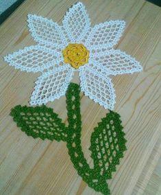 Free, Easy Crochet Sweater Pattern - A Cardigan Made from 2 Hexagons! Crochet Gloves Pattern, Crochet Motif, Irish Crochet, Crochet Doilies, Crochet Flowers, Crochet Patterns, Learn To Crochet, Easy Crochet, Thread Crochet
