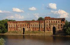 Twierdza Modlin Monuments, Poland, Louvre, Building, Travel, Beautiful, Viajes, Buildings, Destinations