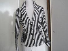 Zwart/wit gestreept jasje van TAIFUN