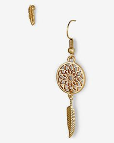 mismatched dream catcher and leaf earrings