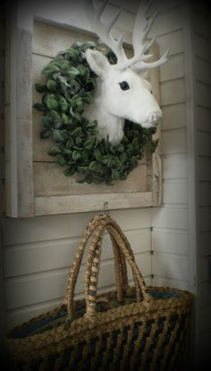 Awesome Living - Rosita (wish the wreath was real!)