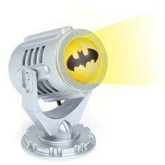 Mini Batman Bat-Signal - Take My Paycheck The coolest gadgets, electronics, geeky stuff, and more! Shut up and take my money! Mini Batman, I Am Batman, Batman Vs Superman, Batman Robin, Batman Stuff, Batman Party, Batman Birthday, Batman Lamp, Batman Signal