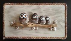 Daldaki Baykuş Ailesi, Taş Tablo, - Atölye Arzu Musa - Sizin ve eviniz için az sayıda üretilen el yapımı objeler.