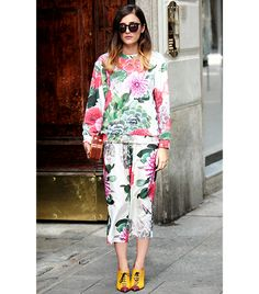 What Wear - Eleanora Carisi of Jou Jou Villeroy. Printing it out like it's her job. Oh, wait. Street Style Summer, Street Style Women, Dinner Outfits, Milano Fashion Week, Full Skirts, Street Chic, Who What Wear, Fashion Prints, Editorial Fashion