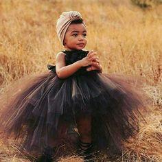 Tulle for baby girl Beautiful Black Babies, Beautiful Children, Beautiful Things, Beautiful People, Black High Low Dress, Dress Black, African Babies, Birthday Tutu, Birthday Parties